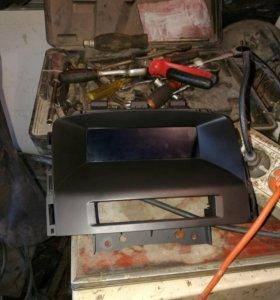 Головное устройство на опель астра j CD400