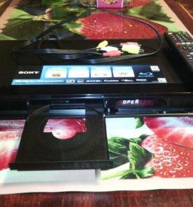 Sony BDP-S360 DVD,Blu-ray плеер.