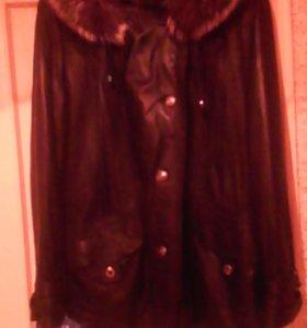 Новая кожаная куртка из мягкой кожи с капюшоном,
