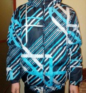 Куртка зимняя Quiksilvet, подростковая.