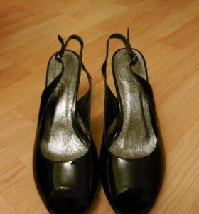 Туфли чёрные 39 размер, Cavaletto