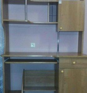 Стол для компьютера и учёбы