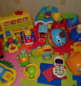 Игрушки Fisher price Tomy  и т.д.