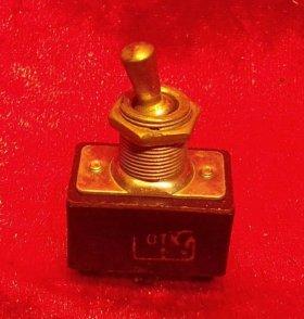 Выключатель, тумблер ТП1-2 из СССР