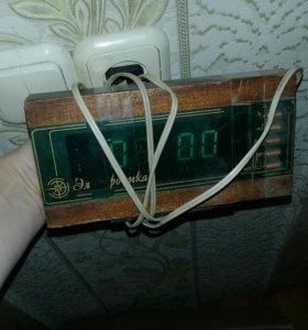 """Электронные часы """"Электроника"""""""