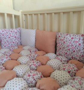 Комплект в детскую кроватку, одеяло бомбон