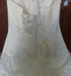 Свадебное платье (новое).
