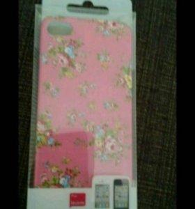 Чехол на iPhone 4/4s в цветочек