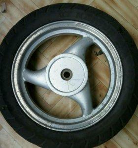 Колесо на китайский скутер. Размер 120.70.12