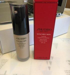 Тональный крем Shiseido synchro skin