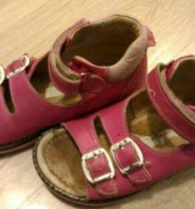 Ортопедические сандалии Dr.Mymi