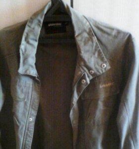 Куртка для мальчика 9-11 класс или взрослого