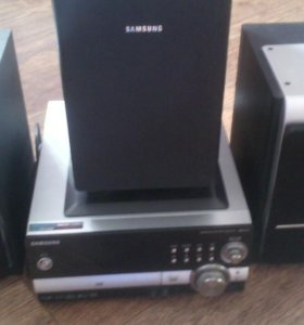 Микросистема с DVD Samsung MM-KT10
