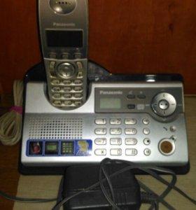 Телефон с авто ответчиком.