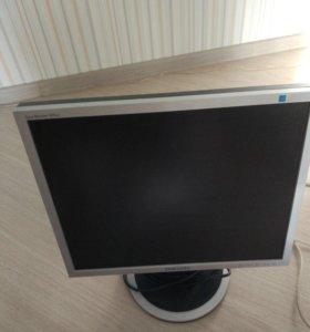 Монитор Samsung