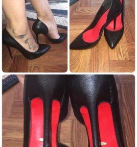 Продаются новые туфли 38 р.