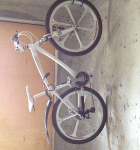 Крюк для хранения велосипеда