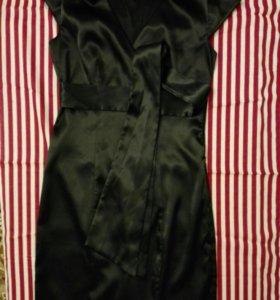 Платье черное б/у