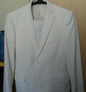 Свадебный костюм р 46-48 торг