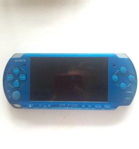 Портативная игровая консоль Sony PSP-3008
