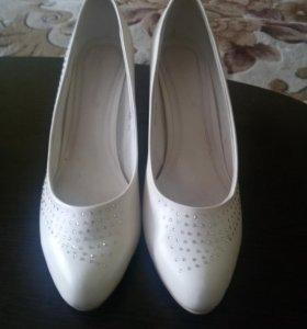 Свадебные туфли р. 40