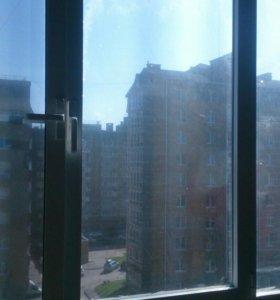 Окно пластиковое алюминиевое балконное