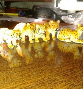 Калекцеонные игрушуки