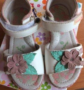 Туфли летние 26 размера