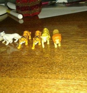 Калекцеонные игрушки