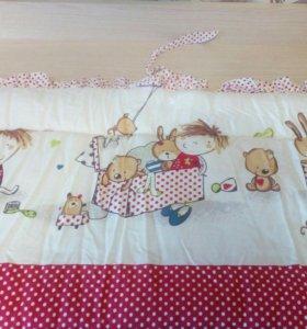 Набор в детскую кроватку