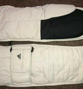 Варежки для сноуборда Adidas by Stella McCartney