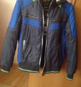 Куртка осенняя в хорошем состоянии  46р.