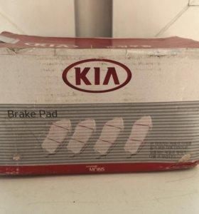 Тормозные колодки KIA-Hyundai передние (4шт) ОЕ