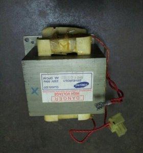 Трансформатор для микроволновой печи.