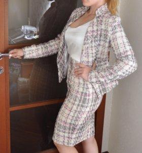 Твидовый костюм (пиджак и юбка)