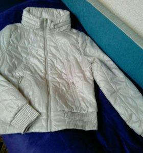 Куртка М размера