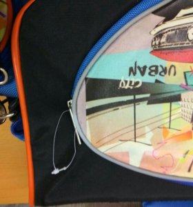 Ранец,сумка школьная.