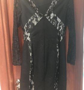 Платье очень женственное