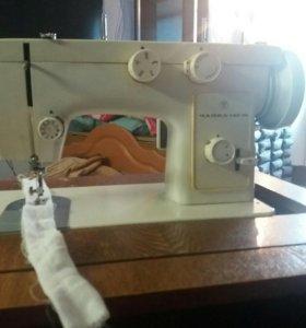 """Хорошая швейная машинка. """" Чайка"""""""