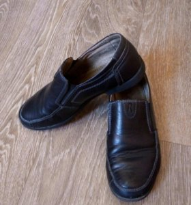Туфли на первоклассника из натур.кожи.