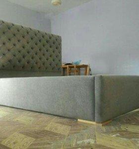 Кровать двуспальная в каретной стяжке