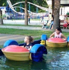 Аттракцион бассейн с лодочками