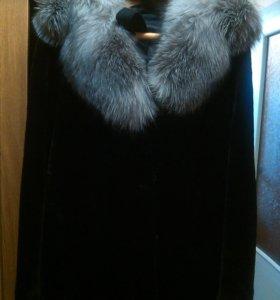 пальто из мутона и чернобурки новое