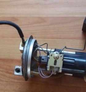 Топливный насос ваз 21099 2110 инжектор бензобак