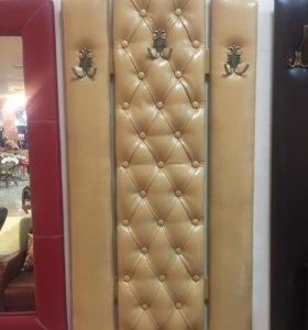 Вешалка с каретной стяжкой Версаль, новая