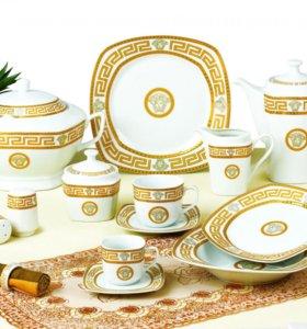 Сервизы обеденно-чайные 57 предметов.