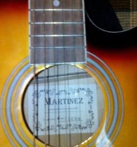 Гитара шестиструнная новая. Камертон в подарок.