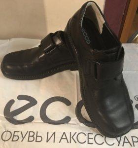 Кожаные ботинки ЕССО, 38 размер