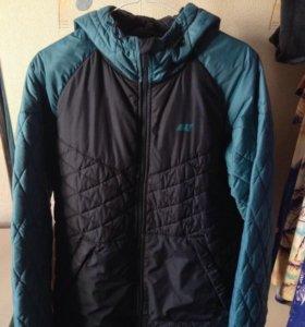 Демисезонная куртка Nike