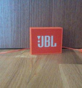 Новая колонка JBL GO